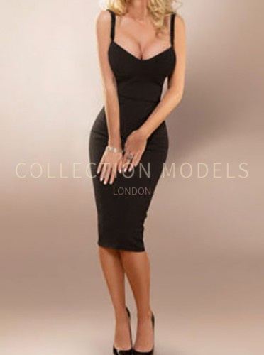 Posh escorts London model Aurelia, high end GFE companion
